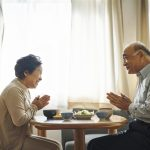 自宅以外に住んだことない父。介護付き有料老人ホームへ入居を1年かけて説得【介護施設探しの体験談】