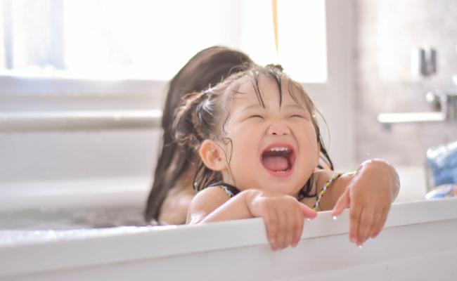 子どもに生理を隠すべき?!教えるべき?!育児×生理は苦難の連続!