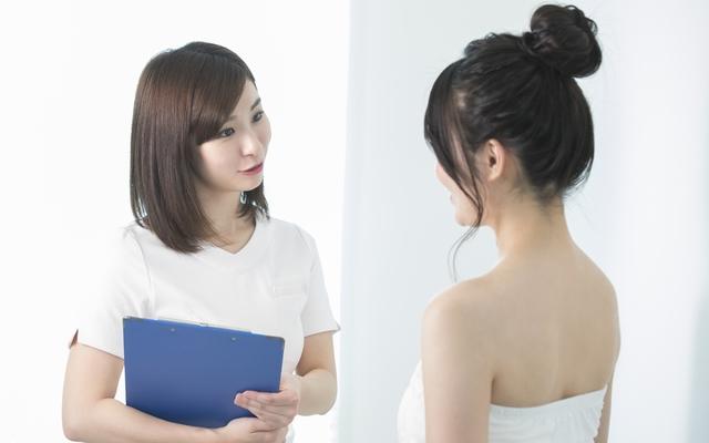 え、介護脱毛って何?40代が最後のチャンスと言われ悩む43歳の夏【体験談】