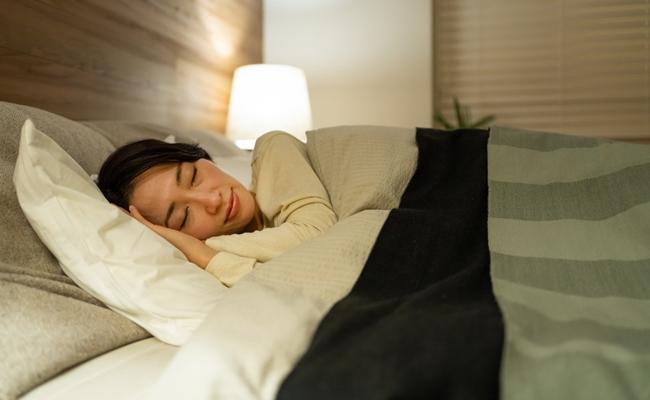 夜更かし&徹夜は命取り!アラフォーの睡眠時間はたっぷりと【体験談】
