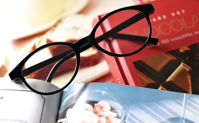 え、老眼って隠すもの!?おしゃれな老眼鏡で楽しみたい!【体験談】
