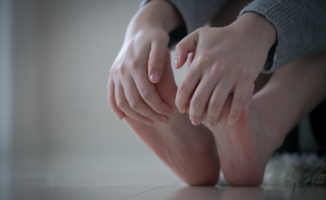 足 の むくみ を 取る