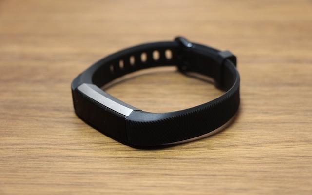 買ってよかった!Fitbitで睡眠や活動量を記録し体調管理【体験談】