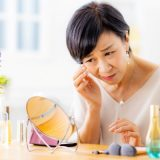女性 シミ 肝斑