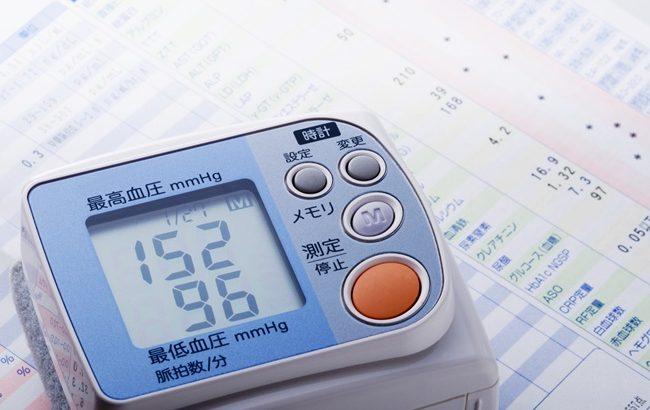 健診でまさかの高血圧!更年期以外にも意外な原因があった【医師監修】